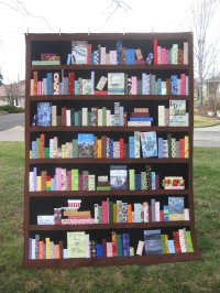 custom-bookcase-quilt